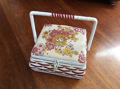 Vintage SEWING BOX 1970s woven plastic - Holly Hobbie style - Great condition