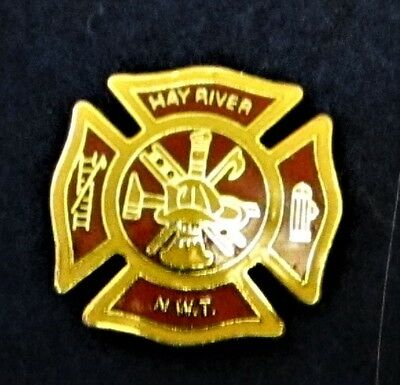 HAY RIVER FIRE DEPARTMENT NORTH WEST TERRITORIES CANADA Lapel Pin Mint