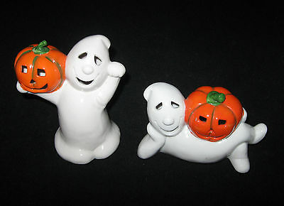 Halloween Smiling Ghosts Holding Pumpkins Candle Holders Midwest Taiwan Ceramic