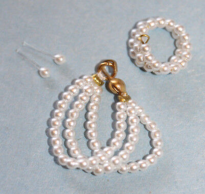 Barbie Doll Reproduction White Pearl Jewelry Set-Excellent    Cc