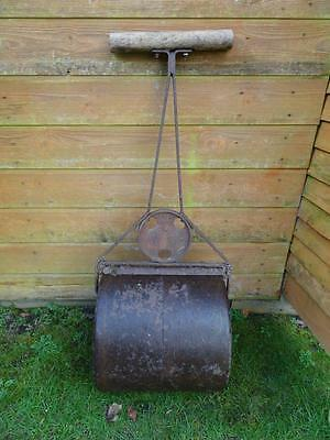80 Kg Vintage Metal Ironcrete Grass Lawn Roller Condition Commensurate With Age