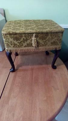 Sewing Basket with 4 Wooden Feet ~ gold linen cover NEW