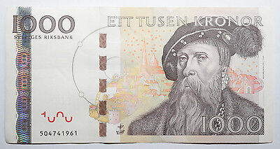 SWEDEN: 1000 Kronor banknote since 2006 in XF Condition Serial: 504741961. SEK