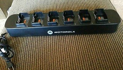 Motorola 6 Bank Multi Unit Charger RPN4055A for RDU RDV RDX Series Radios
