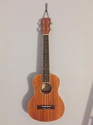 Ukulele/Guitar Wall Hanger/Mount (Buy One Get One Free)