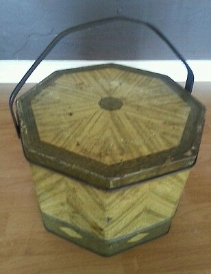 Vintage Loose Wiles Biscuit Company Sunshine Biscuits Octagon Tin New York USA