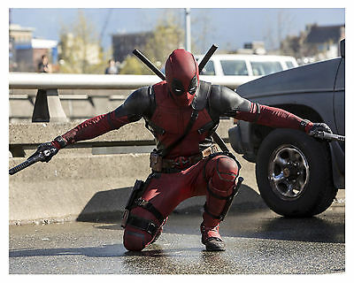 ---DEADPOOL--2016 (RYAN REYNOLDS)- 8x10 glossy Photo -c-