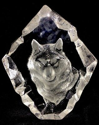 MATS JONASSON Crystal Wolf Paperweight Collectors Society Sweden
