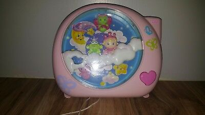 Fisher Price Perfectly Pink Dreamland Crib Soother Projector Light Show
