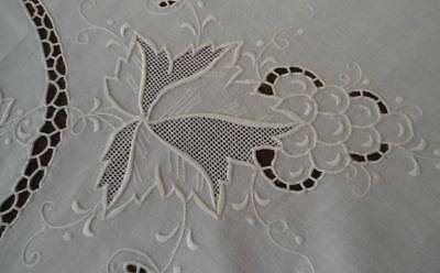 Vintage Ivory Madeira Linen Embroidered Grapes Tablecloth Set Honeycomb Lace