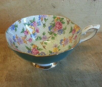 Nice Pre-owned Royal Standard Cup with Floral Decoration