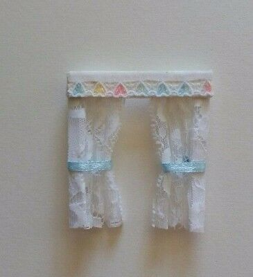 DOLLS HOUSE CURTAINS HEARTS NETS & BOWS 1.24th scale. Lundby? BLUE