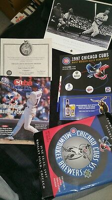 Chicago Cubs Vs. Milwaukee Brewers 1997 Collector Pack