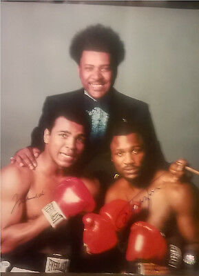 Muhammad Ali & Joe Frazier Autographs​ - Neil Leifer Limited edition