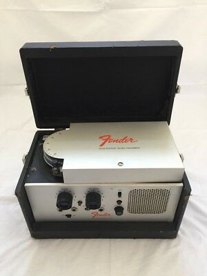 VINTAGE & RARE Fender Electronic Echo Chamber - Tape Echo Guitar Effects Unit