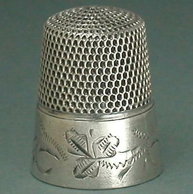 Antique Sterling Silver Engraved Leaf Band Thimble * Circa 1890