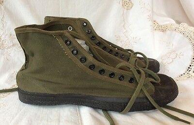 Vintage WWII 1945 Bristol MFG Corp. Green Canvas Gym Shoes Men's Sz 9.
