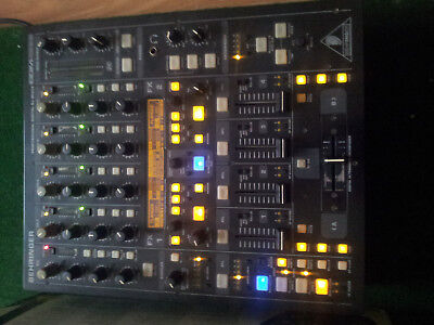 Behringer DDM4000 5 Channel Dj Mixer With Effects