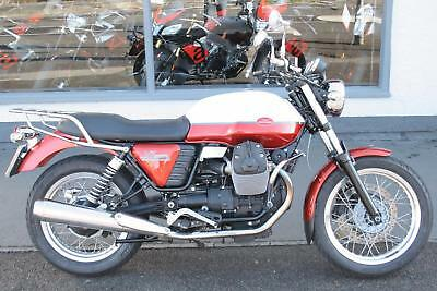 Moto Guzzi V7 SPECIAL in RED/WHITE at Teasdale Motorcycles, Yorkshire