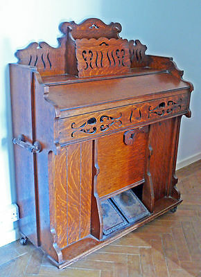 Antique Pump Organ - Milsom & Som