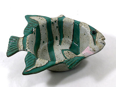 Hand Made Pottery Fish Shaped Fired Kilned Deep Dish Ceramic Bowl Signed 0021010