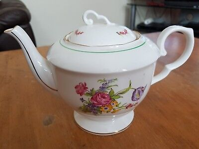 Stunning vintage Royal Stafford bone China rose 2.5 Pt large teapot 6-8 Cups vgc