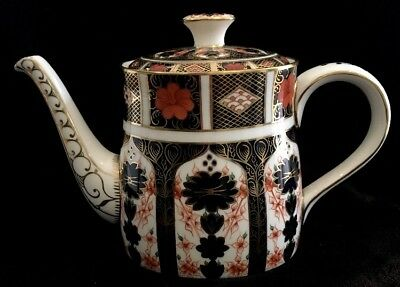 Royal Crown Derby Imari 1128 Teapot MINT CONDITION