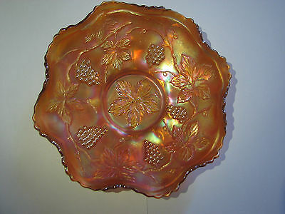Vintage grape pattern marigold bowl / Fenton / carnival glass
