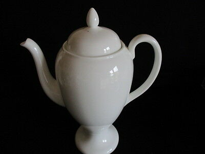 Vintage Wedgwood white china Coffee pot lovely condition