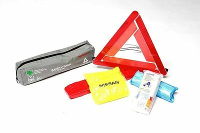 Nissan Leaf (2016 >) Safety pack(First aid kit, jacket, warning triangle)