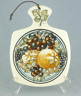 Beautiful !! Jersey Pottery Hand Painted Fruit Pattern Chopping Board
