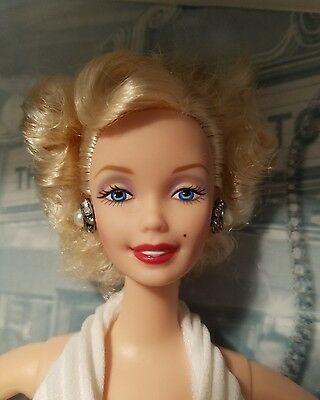 Barbie As Marilyn Monroe Seven Year Itch Hollywood Legends Collection 1997