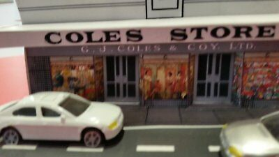 a coles store for a model train in ho scale free postage