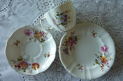 Royal Crown Derby England Derby Posies Trio Tea Cup Saucer Plate 1940 - 1945