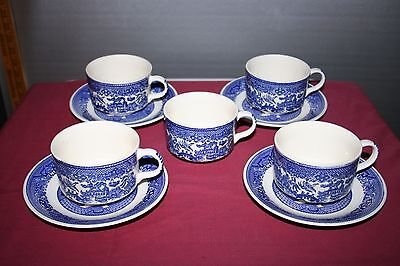 4 Blue Willow Cups & Saucers with 1 Extra Cup