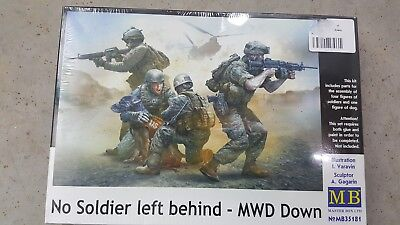 Master Box #35181 1/35 American soldiers and working dog figure set
