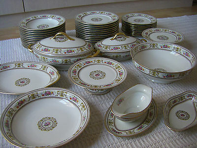 Superbe Service 42 pieces Limoges signé Raynaud