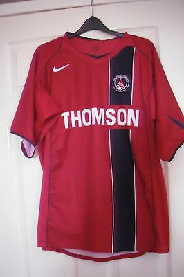 Paris Saint Germain Football Nike  Shirt size L