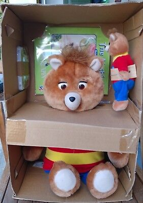 New Old Stock 1998 TEDDY RUXPIN ANIMATED TALKING BEAR WITH BEANIE INCLUDED