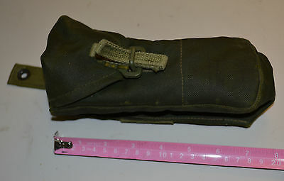 Canadian military pattern 82 mag pouch ( ref128#a5 )
