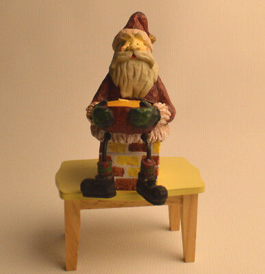 Santa Claus on Chimney Ceramic Figurine Red Candle Holder Christmas Holiday