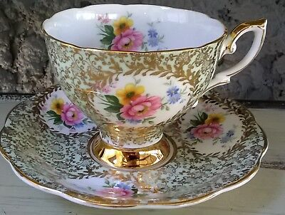 Royal Standard Fancy Tea Cup & Saucer Mint with Flowers Cartouche