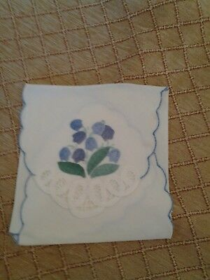 Bread Basket Liner applique cotton with tape lace table linens