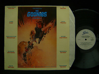 The Goonies. Film Soundtrack. (Vinyl.1985.UK.EPC70264)