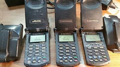 LOT OF 3 COLLECTOR  Motorola StarTAC Model: ST7868W WALL & CAR CHARGER 2 HOLDERS