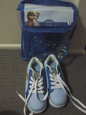 Girls FROZEN  skate shoes size 2 near new condition