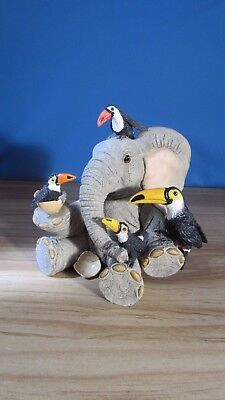 """Country Artists Elephant Tuskers Henry - """"Toucan be my Friends!"""""""