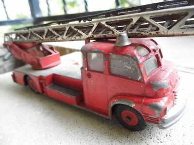 DINKY SUPERTOYS # 956 Turntable fire escape truck Meccano Ltd. die-cast toy
