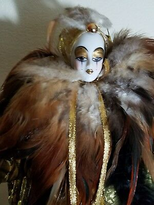 VINTAGE JIGSAW COLLECTABLE PORCELAIN HARLEQUIN Gold Black Feathers Cape