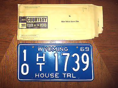 1969 WYOMING HOUSE TRL License Plate Tag #10 HT 1739 NOS Unused
